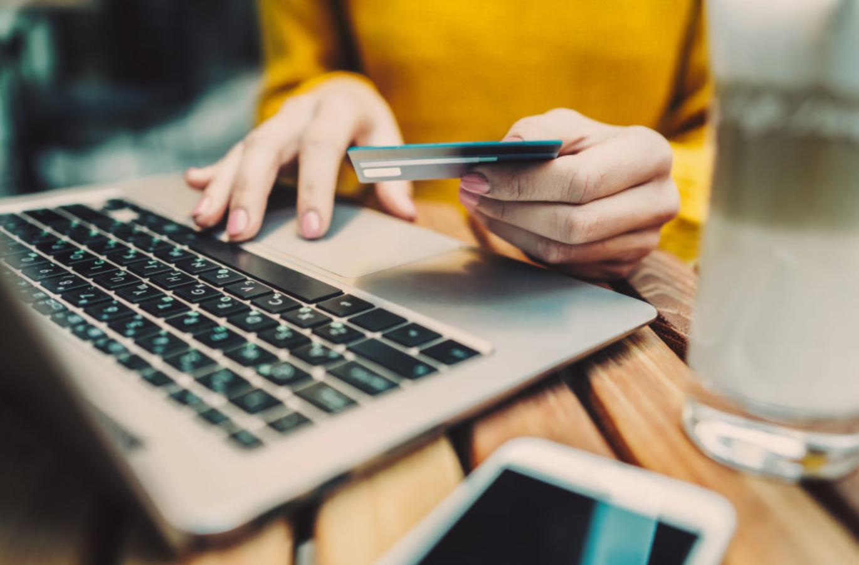 Compras online: o que fazer para não ser enganado?