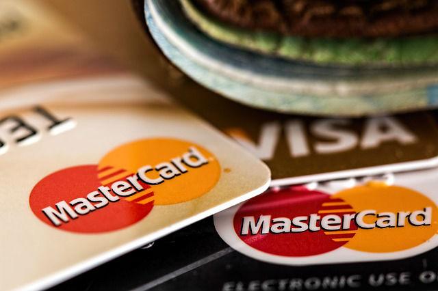 a4b2f1fd32 Compare taxa de juros do cartão de crédito e empréstimo pessoal